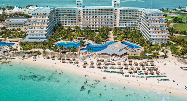 Hotel Riu Caribe  Wedding Venue