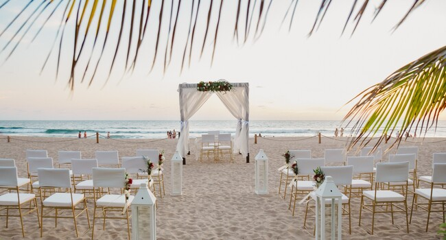 Hotel Riu Emerald Bay Wedding Venue