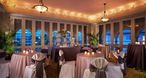 Moana Surfrider, A Westin Resort & Spa Wedding Venue