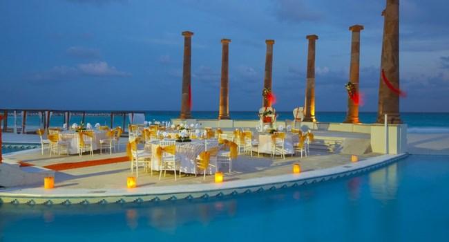 Krystal Cancun Wedding Venue