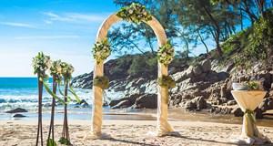 Lotus Honolulu at Diamond Head Wedding Venue